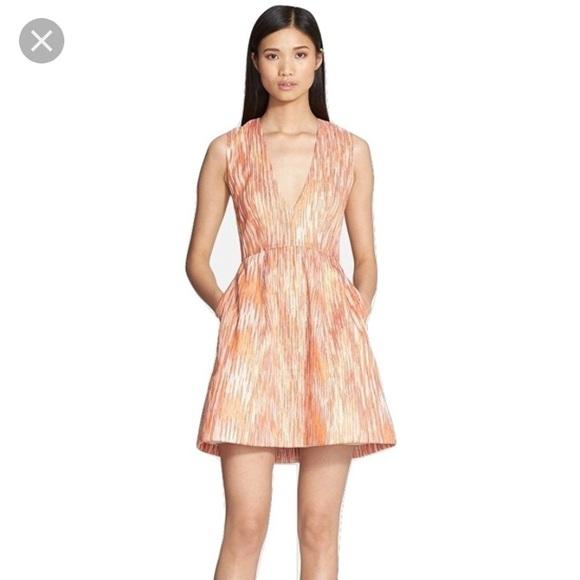 ba2acafbd70f76 Alice + Olivia Dresses & Skirts - Alice + Olivia Pacey Lantern Dress